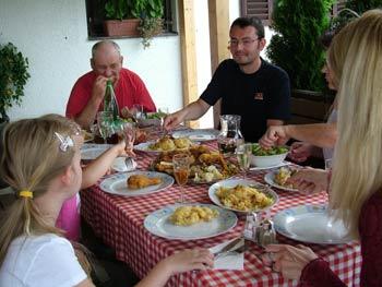 Tourist farm Bracko family reunion