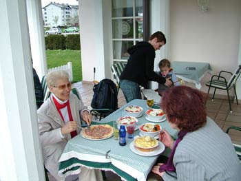 Restaurant Villa Rustica - grannies enjoying