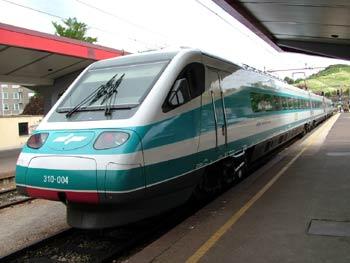Tilting train in Maribor