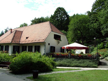 Favorite place - Maribor city park three ponds restaurant