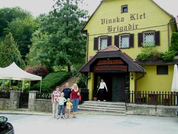 Tourist farm Brigadir 1