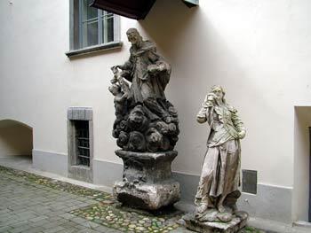 The Maribor Castle-sculptures